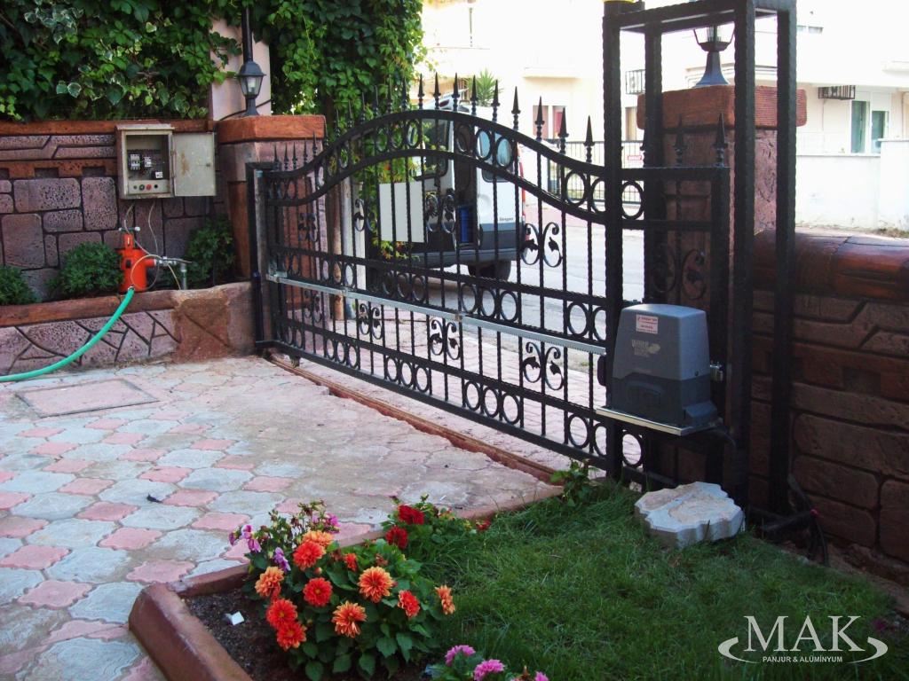 Motorlu Bahçe Kapı Sistemleri